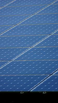 Free Solar Panels Royalty Free Stock Image - 27355886