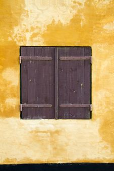 Free Brown Window Shutters Stock Photography - 27356682