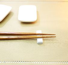 Free Chopsticks Royalty Free Stock Image - 27366106