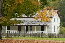 Free An Antique White House In Fall. Stock Image - 27368401
