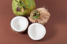 Free Two Halfs Of Coconut  With Shadow Royalty Free Stock Photos - 27380828