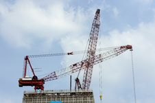 Free Construction Cranes Stock Images - 27382224