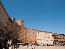 Free Siena-Italy Royalty Free Stock Photography - 27384497