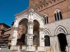Free Siena-Italy Royalty Free Stock Images - 27384559