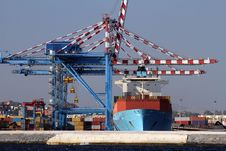 Free Port Cranes Royalty Free Stock Image - 27385086
