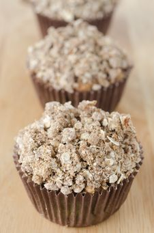 Free Apple Muffins With Shtreyzel Stock Photo - 27398480
