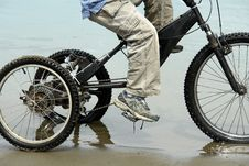 Free Cycling The Shoreline Stock Photos - 2741803
