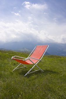 Free Chaise Longue Royalty Free Stock Photography - 2743817