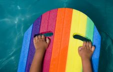 Free Child-hand And Rainbow Royalty Free Stock Photography - 2746957