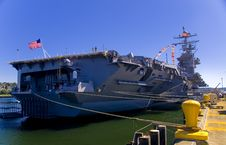 Free Aircraft Carrier Stern View Royalty Free Stock Images - 2748349