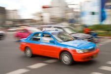 Free Fast Taxi In City Traffic Stock Photos - 2749153