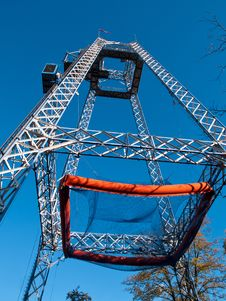 Free Free Fall Tower In Amusement Park Royalty Free Stock Photography - 27401197