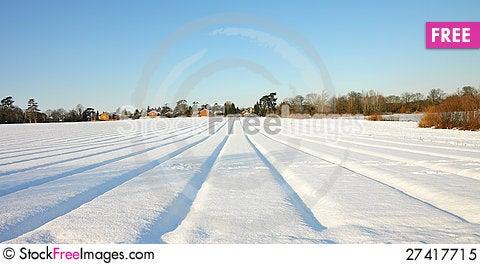 Free Rural English Winter Landscape Royalty Free Stock Photo - 27417715