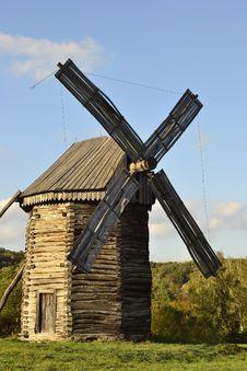 Free Windmill Stock Photos - 27413003