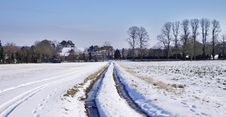Free Rural English Winter Landscape Royalty Free Stock Photo - 27417635