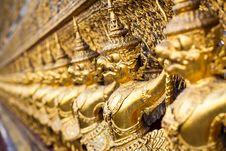 Free Garuda In Wat Phra Kaew Stock Image - 27417641