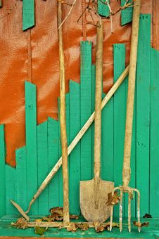 Free Garden Tools Royalty Free Stock Photo - 27431995