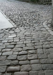 Free Old Paved Road Royalty Free Stock Photography - 27442357