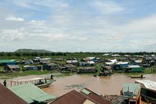 Free Floating Village In Cambodia Stock Image - 27445551