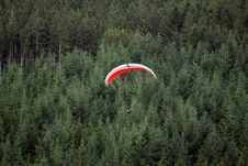 Free Paraglider Royalty Free Stock Photo - 27447275