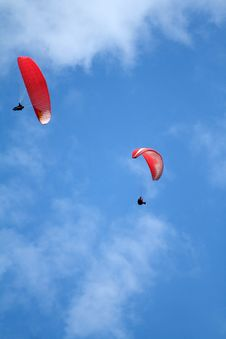Free Two Paragliders Royalty Free Stock Photography - 27447307
