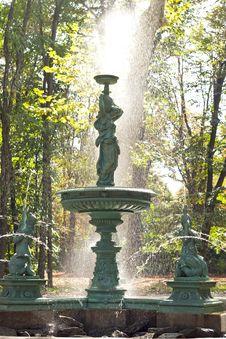 Free Fountain Stock Photo - 27447800
