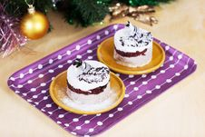 Free Luxury Dessert With Christmas Decor Royalty Free Stock Photos - 27450888