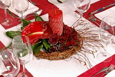Free Table With Red Roses And Candle Stock Photography - 27455402