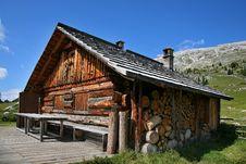 Free Alpine Hut - Dolomites Stock Photo - 27463560
