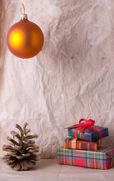 Free Christmas Decoration On Old Paper Royalty Free Stock Photography - 27464717