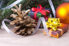 Free Golden Cone With Gifts Royalty Free Stock Photos - 27464818