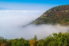 Free Fog Above The River Royalty Free Stock Photography - 27470817