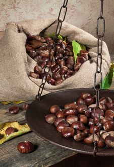 Free Still Life With Chestnuts Royalty Free Stock Photo - 27474255