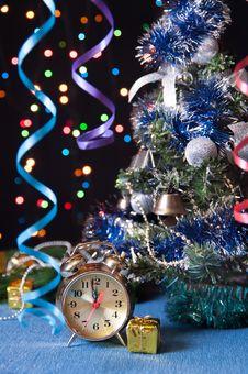 Free Clock,ball, Serpentine,a Tree On A Black Stock Photo - 27489730
