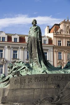 Free Jan Hus Monument Royalty Free Stock Images - 27495469