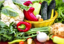 Free Organic Vegetables Royalty Free Stock Photography - 27496907