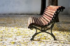 Free Park Bench Royalty Free Stock Image - 27498976