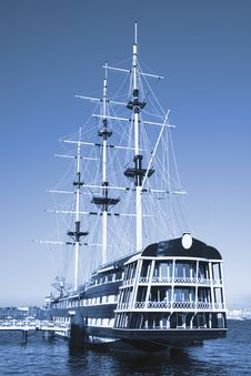 Free Old Ship Royalty Free Stock Image - 2753386