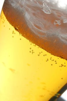 Free Close Up Of Beer With Bubbles Stock Image - 2759551