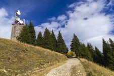 Free Autumn In Mountain Stock Photography - 27511722