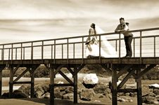 Free Grooms Walking On The Beach Royalty Free Stock Photography - 27513687