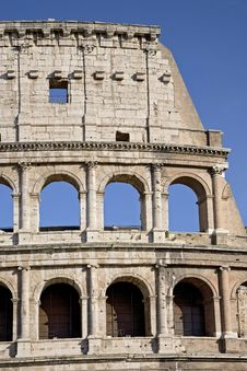 Free The Colosseum, The World Famous Landmark In Rome Royalty Free Stock Photography - 27515587