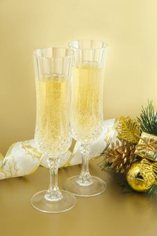 Free Christmas Glasses With Champagne . Stock Images - 27524704