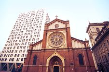 Free Wide View Of Saint Joseph Cathedral Royalty Free Stock Images - 27527589