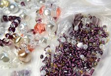 Free Beads And Crystals Royalty Free Stock Image - 27541656