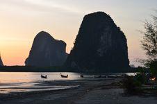 Free Sunset Fishing Boat Royalty Free Stock Images - 27554149