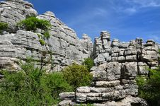 Free Impressive Karst Landscape Royalty Free Stock Image - 27563276