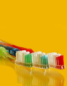 Free Family Tooth Brush Set Royalty Free Stock Photo - 27564395