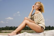 Free Beautiful Girl On Background Blue Sky Royalty Free Stock Images - 27564859