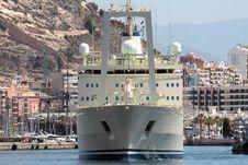 Free Merchant Ship, Forward View. Royalty Free Stock Photo - 27566825